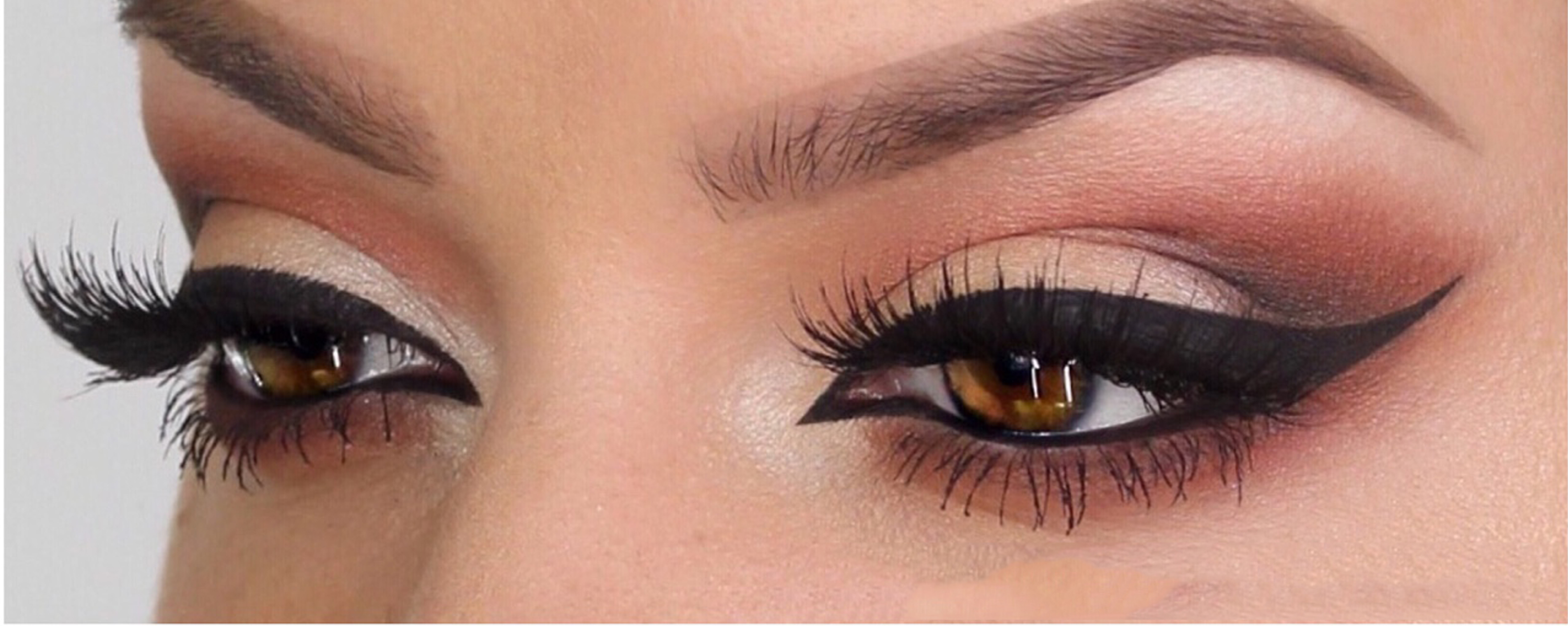 How to apply Liquid Eyeliner like a Pro - Sangamvesh